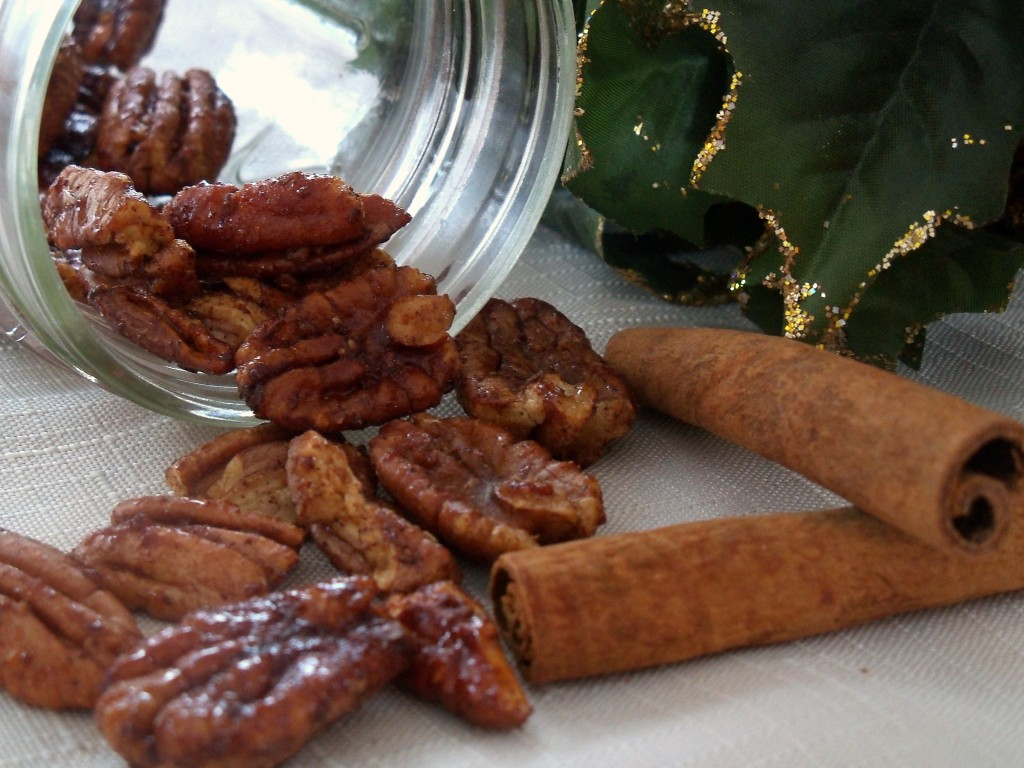 Maple Pecans with Cinnamon