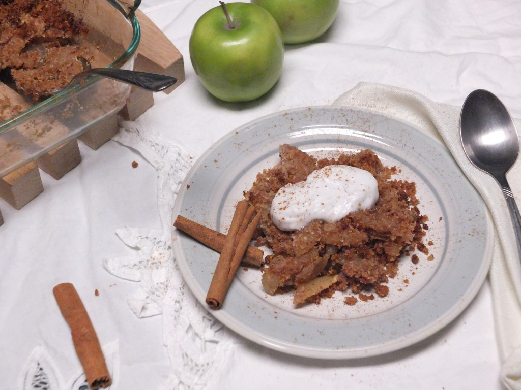 AIP Apple Crumble | Cook It Up Paleo