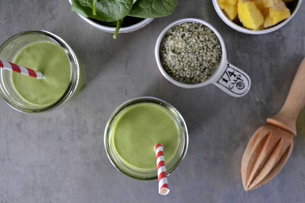 Paleo Green Smoothie | Cook It Up Paleo