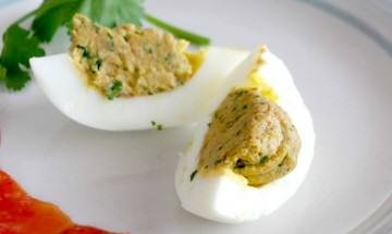 Taco Spiced eggs featured