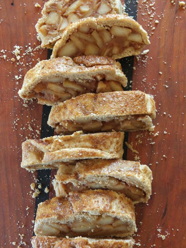 Paleo Apple Strudel | Cook It Up Paleo