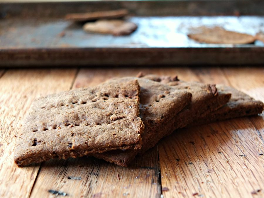 Paleo Graham Crackers | Back To School Clean Eating Snacks | Homemade Recipes