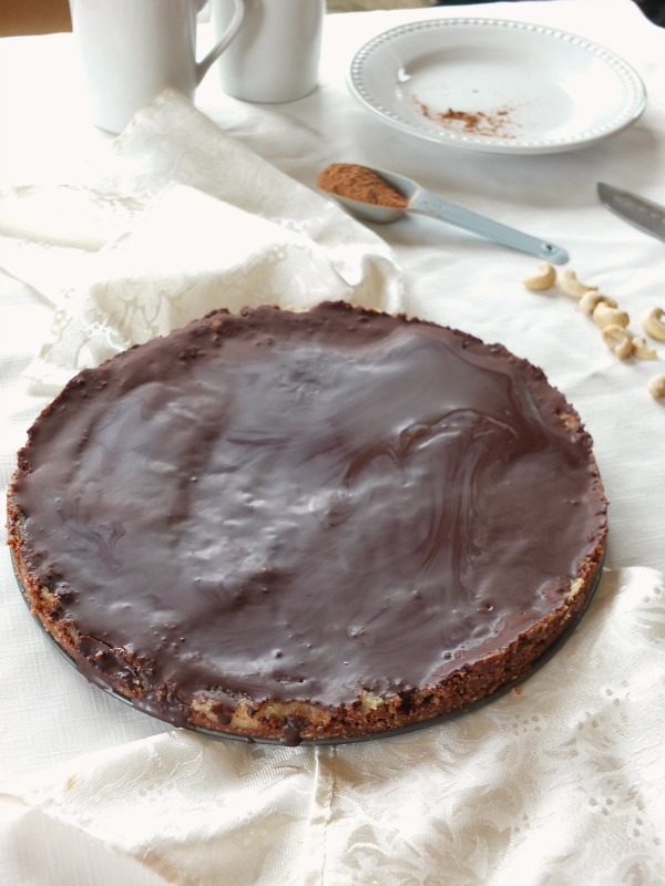 Paleo Peppermint Patty Cheesecake (dairy and egg-free)